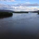 エニセイ川の豊かな流れ