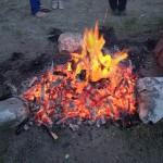 シャーマンの焚いた火の燃えカス